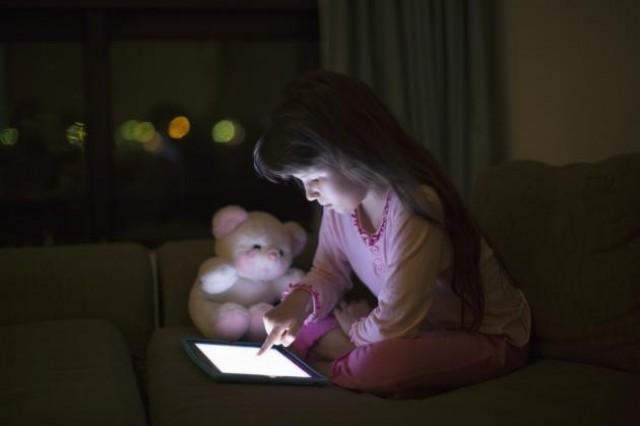 """Predavanje: """"Djeca s licima koja sjaje – Glow kids"""""""